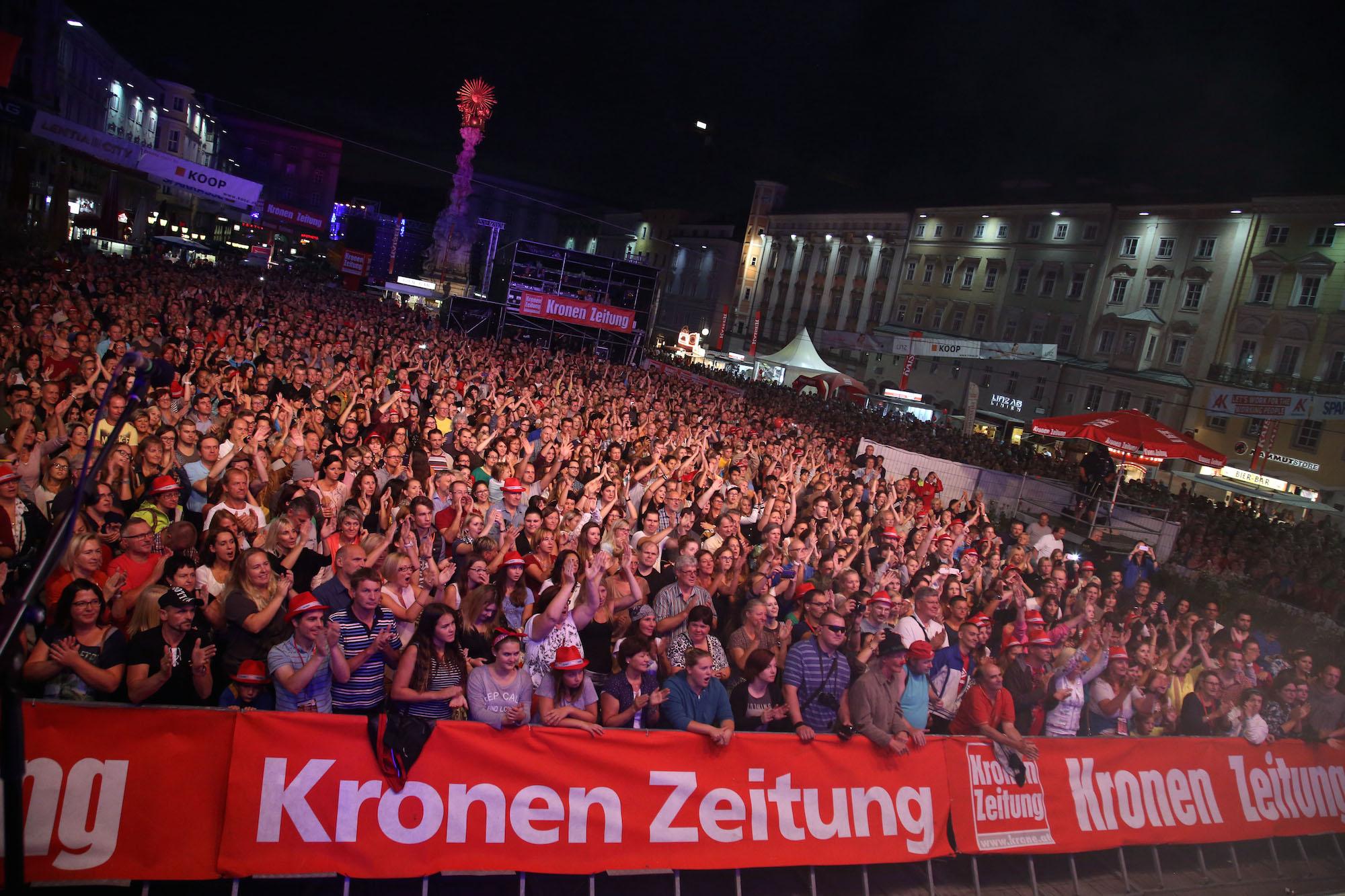 #kooplive #linzerkronefest #kronenzeitung #linz